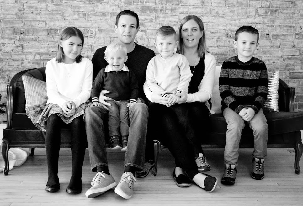 bw-family-photo